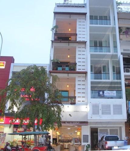 Gallops Riverside Hotel, Phnom Penh