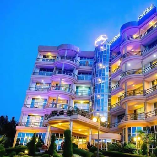 . Martha Hotel