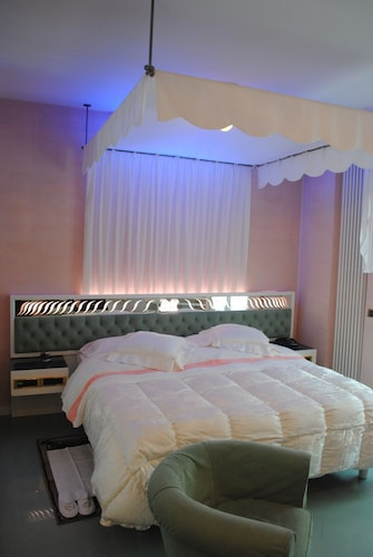 Hotel Matilde, Massa Carrara