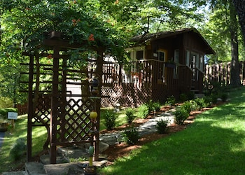 The Woods Treehouse Resort