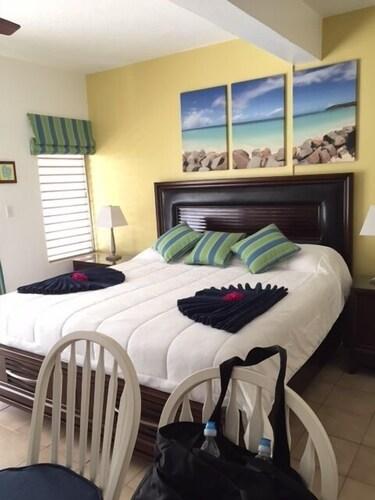 Antigua Village - Condo 10S,