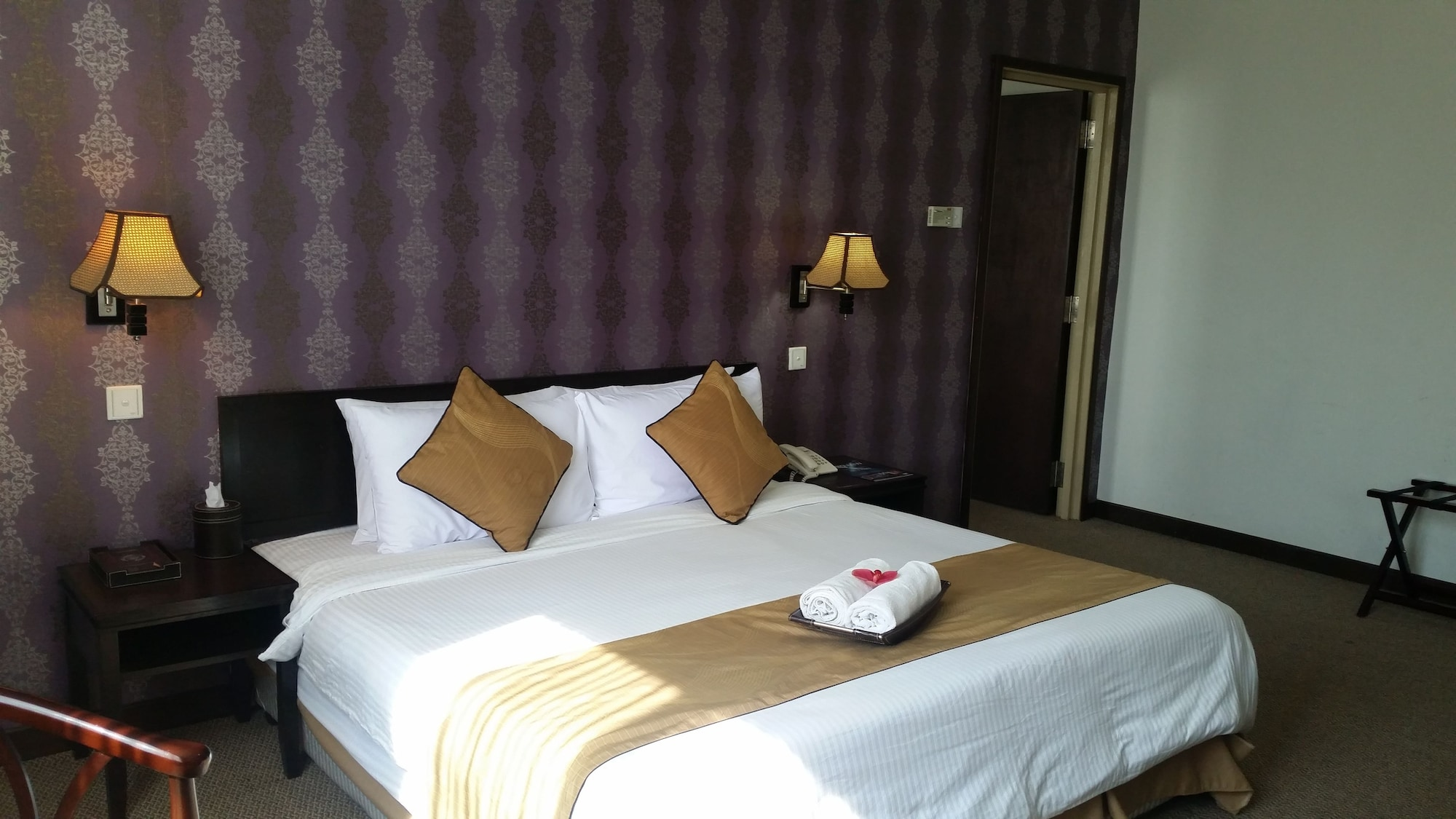 Carlton Holiday Hotel & Suites, Kuala Lumpur