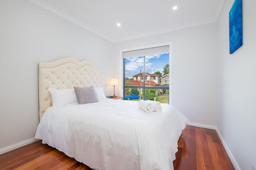 Panania Gemini House, Bankstown  - South