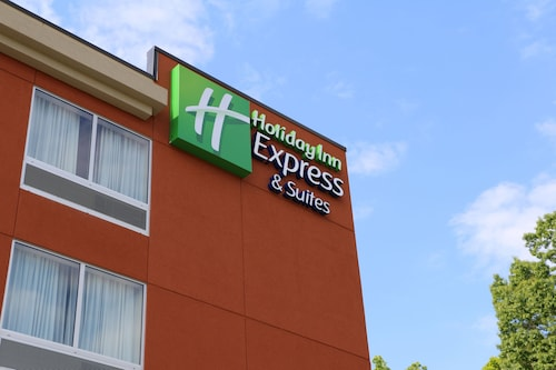 Holiday Inn Express & Suites Hendersonville SE - Flat Rock, Henderson