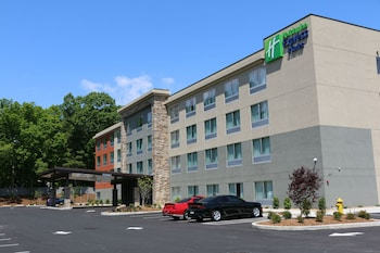 亨德森維爾東南智選假日套房飯店 - 洛克公寓 Holiday Inn Express & Suites Hendersonville SE - Flat Rock