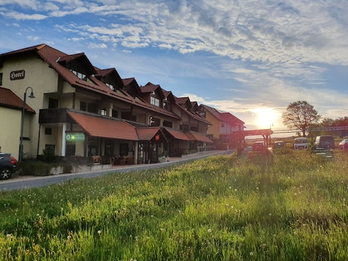 . Berggasthof & Hotel Hinterrod