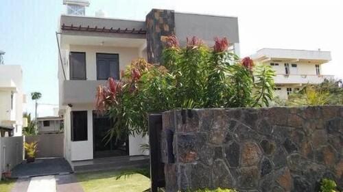 Happy Villa