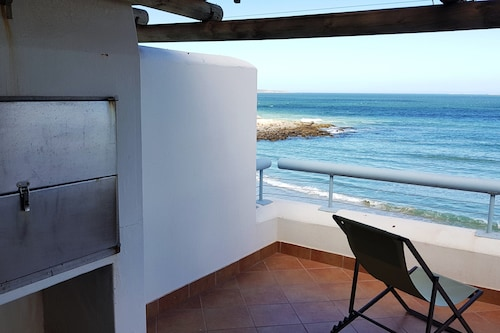 . 2 On the Beach 2 Self catering
