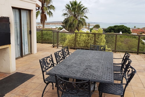 10 Galico House Self catering, West Coast