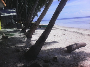GOOD VIBES INN SIQUIJOR View from Property