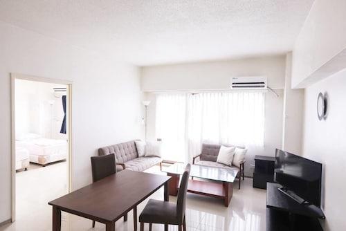 Pia Marine Condominium