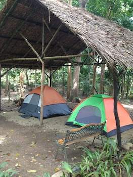 TENT AND BREAKFAST AT IRAWAN PARK