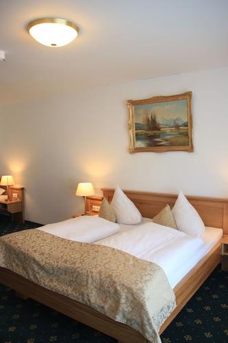 . Hotel Schwabenwirt