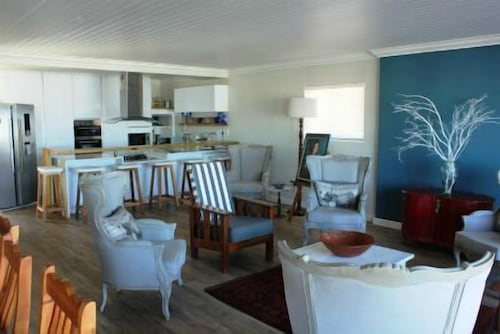 8 Deo Gloria Self catering, West Coast