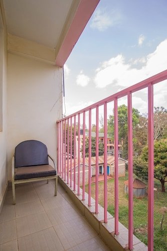 Slopes Villa Hotel, Manyatta