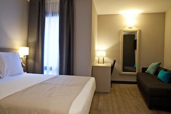 May Ramblas Hotel