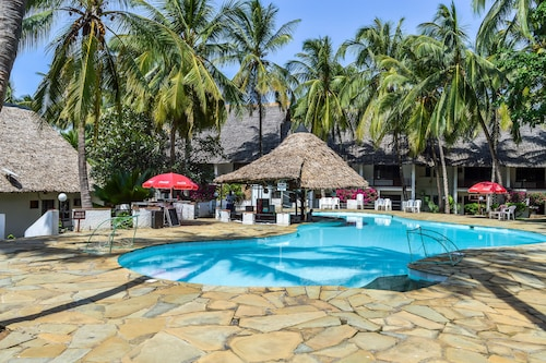 Milele Beach Resort, Nyali