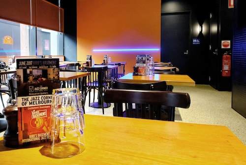 The Jazz Corner Hotel, Port Phillip - West