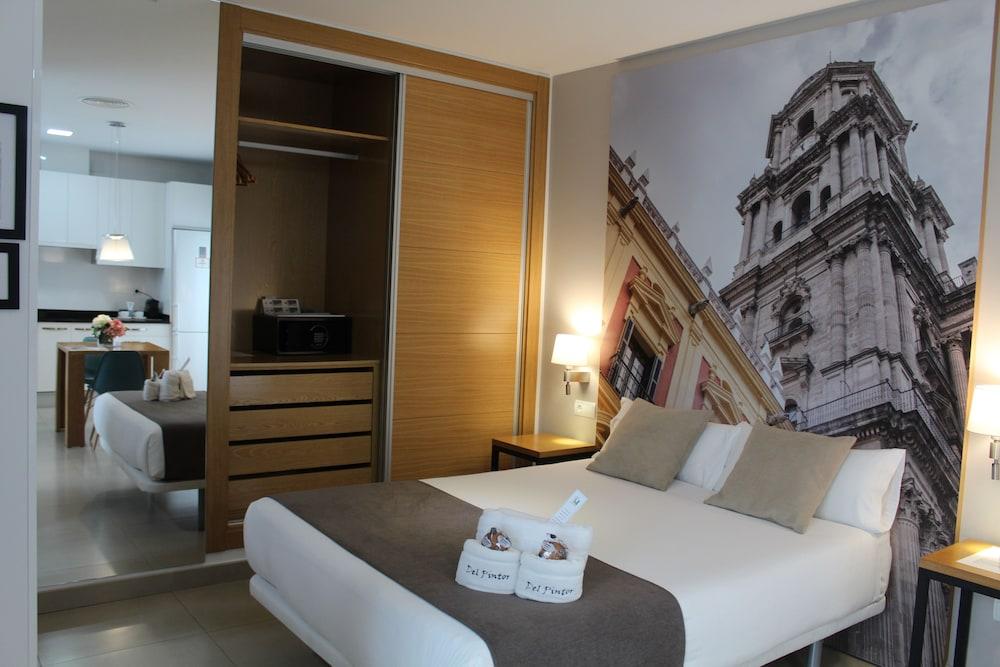 https://i.travelapi.com/hotels/18000000/17710000/17701600/17701558/f944986e_z.jpg