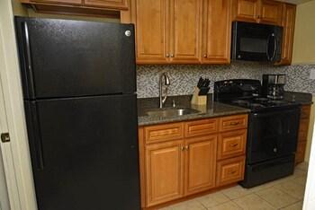 In-Room Kitchen at Coral Beach Resort by Elliott Beach Rentals in Myrtle Beach
