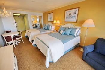 Guestroom at Coral Beach Resort by Elliott Beach Rentals in Myrtle Beach