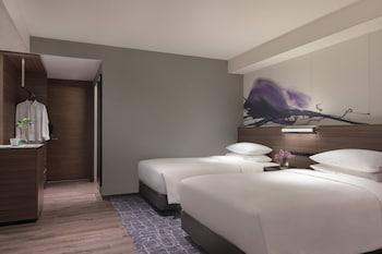 スーペリア ルーム ダブルベッド 1 台 禁煙 シティビュー|琵琶湖マリオットホテル
