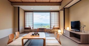 ルーム ダブルベッド 1 台 禁煙 レイクビュー (Japanese Tatami)|琵琶湖マリオットホテル