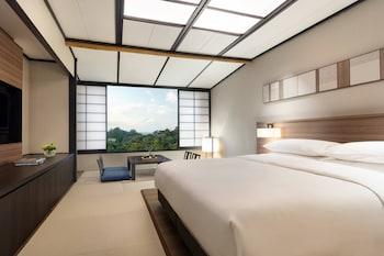 和洋室ルーム キングベッド 1 台 伊豆マリオットホテル修善寺
