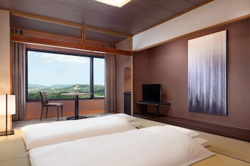 ルーム ベッド (複数台) 禁煙 (Japanese Traditional Room of Tatami)|南紀白浜マリオットホテル