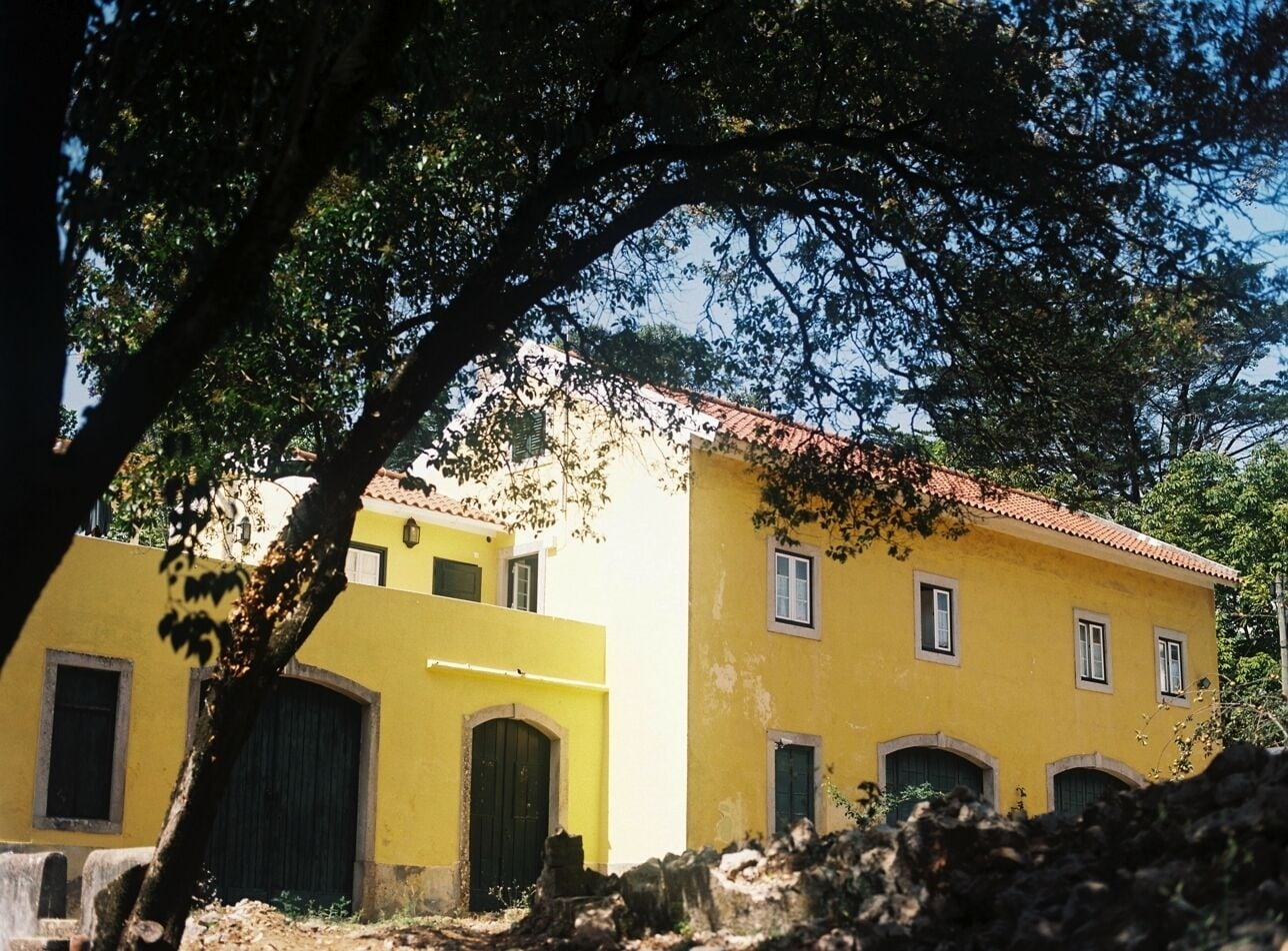 The Five House, Sintra