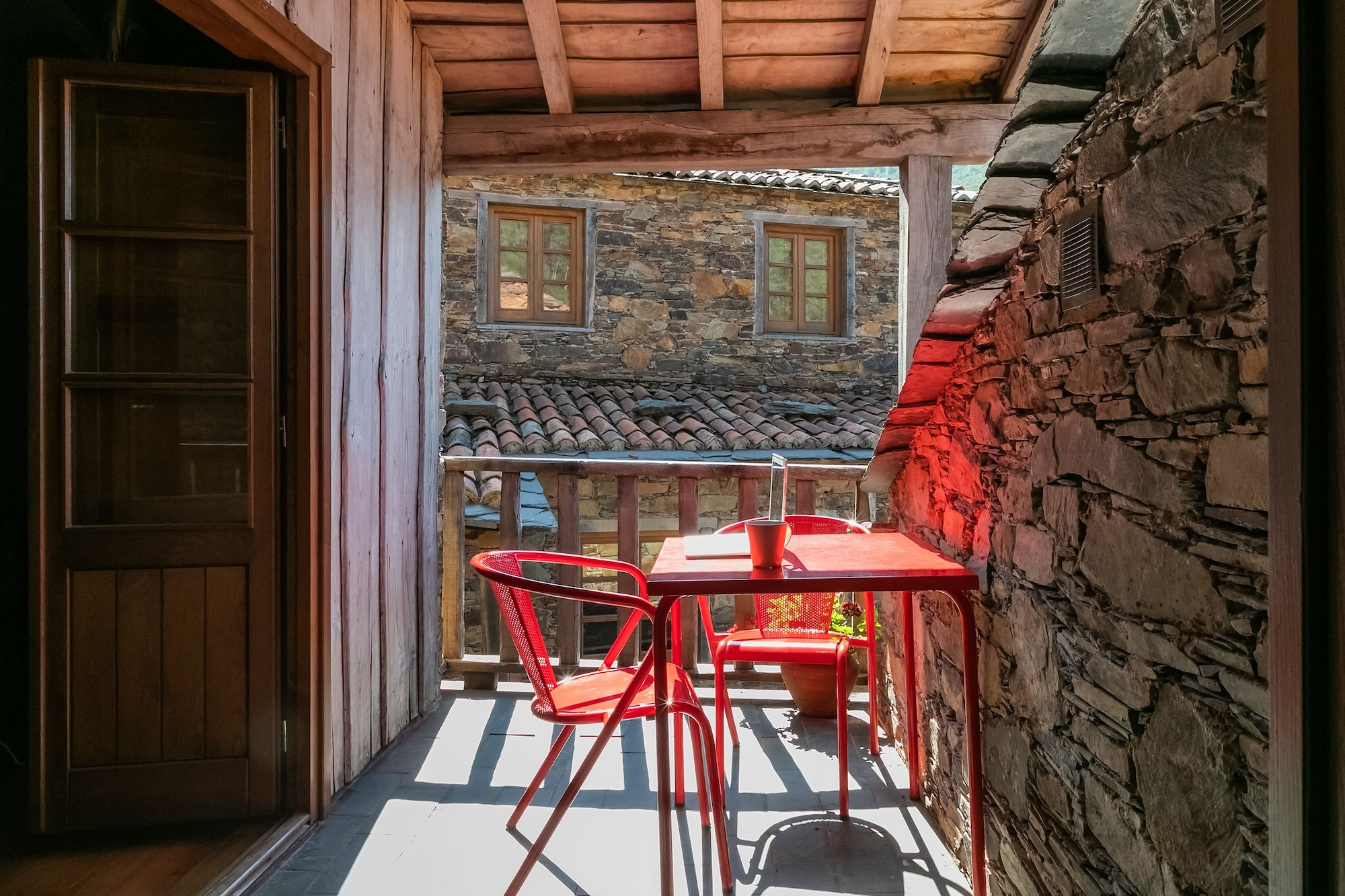 Cerdeira - Home for Creativity, Lousã