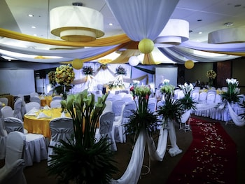 TANZA OASIS HOTEL AND RESORT Banquet Hall