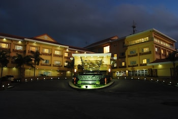 TANZA OASIS HOTEL AND RESORT Hotel Front - Evening/Night