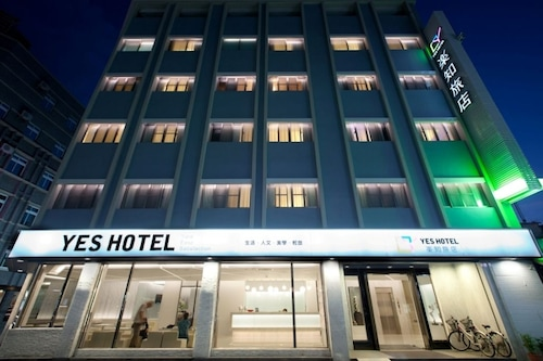 . Yes Hotel