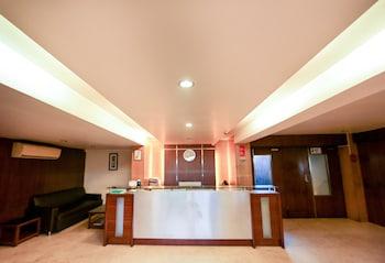 Hotel - Hotel Lucky Goregaon