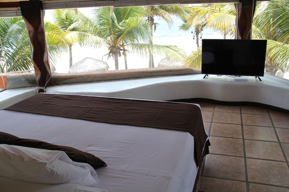 https://i.travelapi.com/hotels/18000000/17760000/17750800/17750800/b52869eb_z.jpg