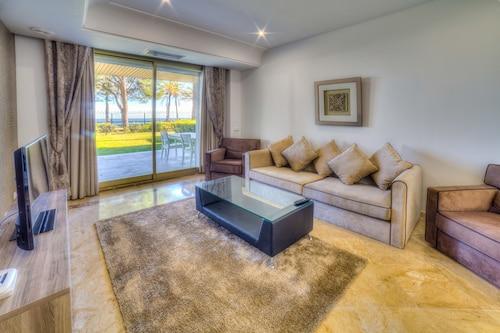 Banus Beach Apartments, Málaga