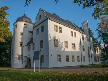 . Schlosshotel Eyba