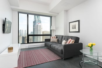 Stylish 1BR in Downtown Montréal by Sonder photo