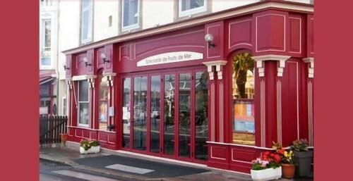 __{offers.Best_flights}__ Hotel le Neptune