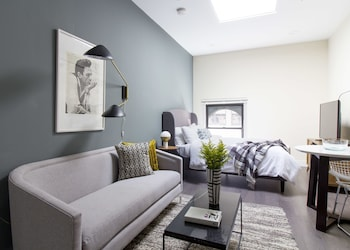 Simple Studio in Downtown Crossing by Sonder photo