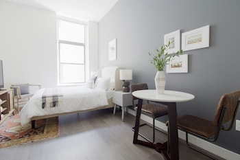 Lively Studio in Downtown Crossing by Sonder photo