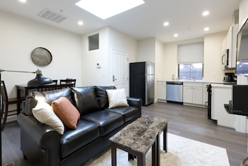 Lovely 2BR in Downtown Crossing by Sonder photo