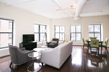Bright 2BR in Financial District by Sonder