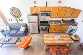 Loft Style 1BR in Little Italy by Sonder