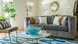 Bright 3BR in Beverly Hills by Sonder