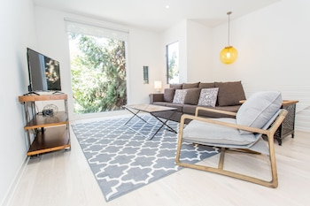 Vibrant 2BR in Downtown SD by Sonder