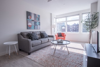 Lively 1BR in Fenway by Sonder