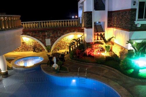 Casablanca Hotel and Resort, Olongapo City