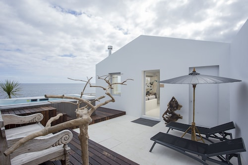 White Exclusive Suite & Villas, Lagoa
